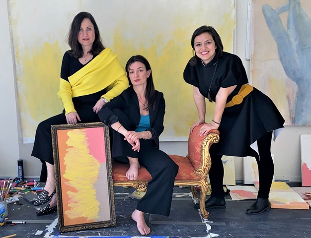 5new- Успешни българки в чужбина представят наши художници пред света